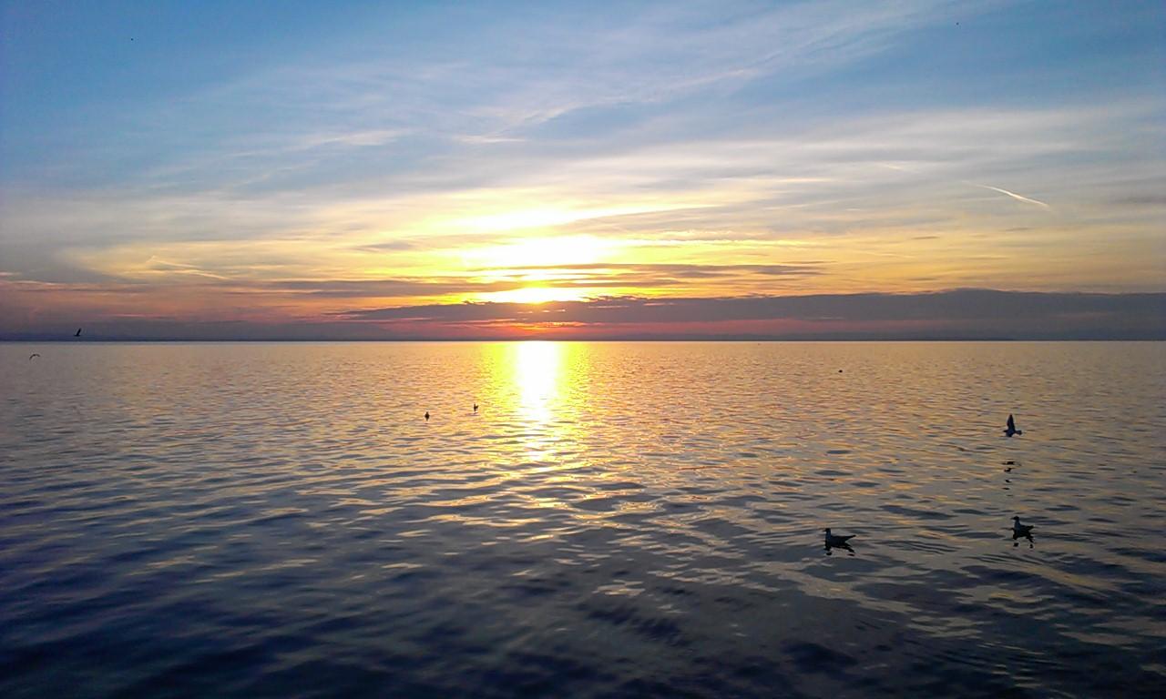 Tramonto sul lago lazise lago di garda concorso for Disegni casa sul lago con vista sul lago