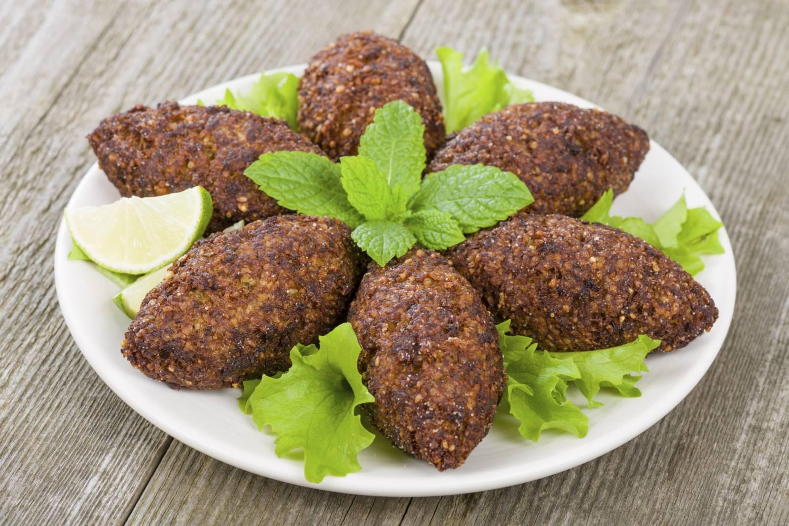 hummus moussaka fattoush kibbeh quella libanese una cucina tutta da scoprire incredibilmente ricca e varia