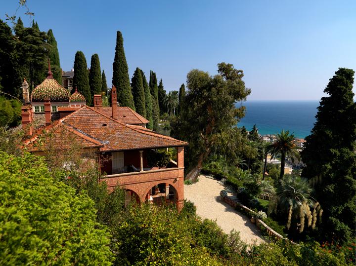 Ad alassio uno spettacolare giardino in fiore for Giardini villa della pergola
