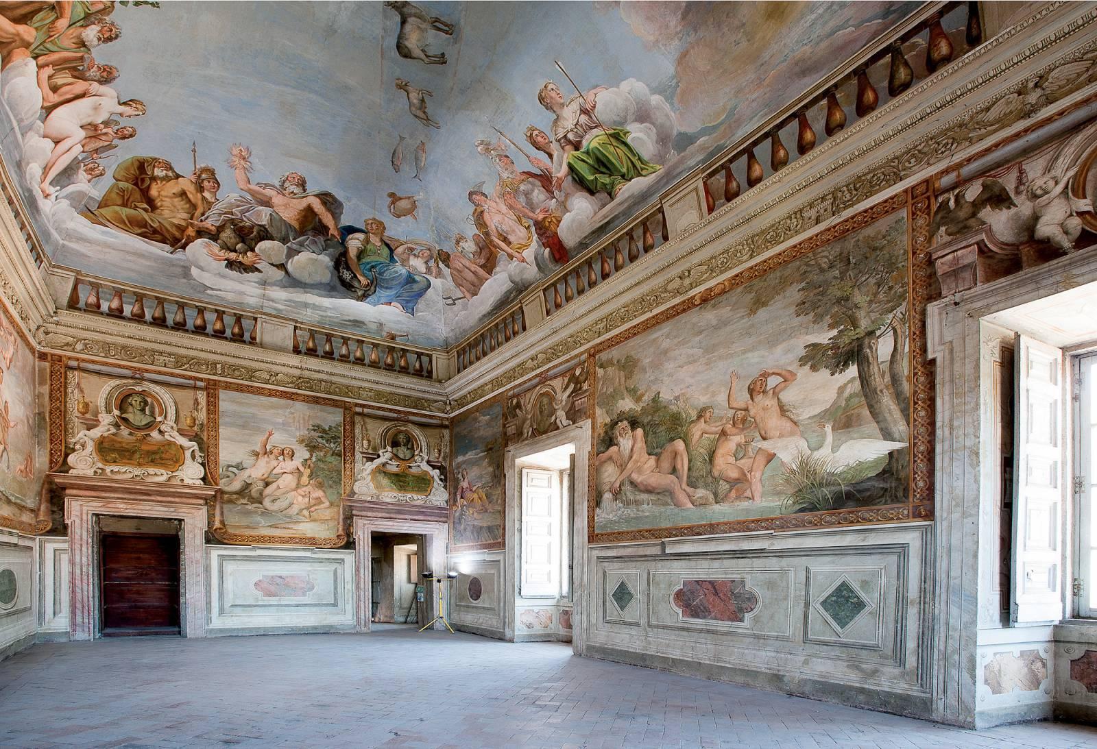 Risultati immagini per palazzo giustiniani bassano romano