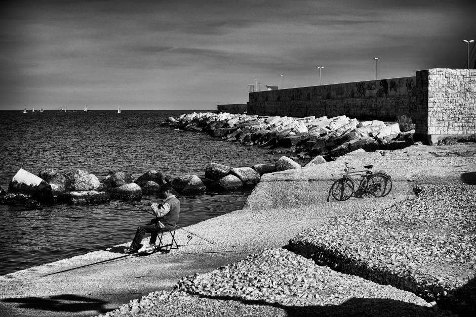 il pescatore in bicicletta concorso fotografico italia in bicicletta. Black Bedroom Furniture Sets. Home Design Ideas