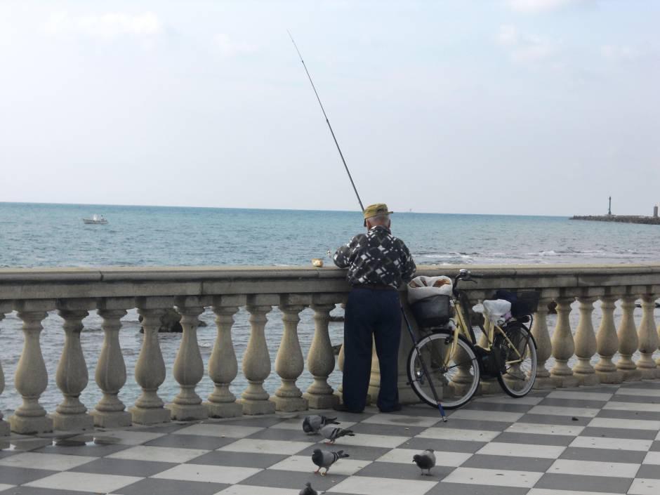 il pescatore concorso fotografico italia in bicicletta. Black Bedroom Furniture Sets. Home Design Ideas