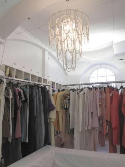 Un particolare della Swap boutique