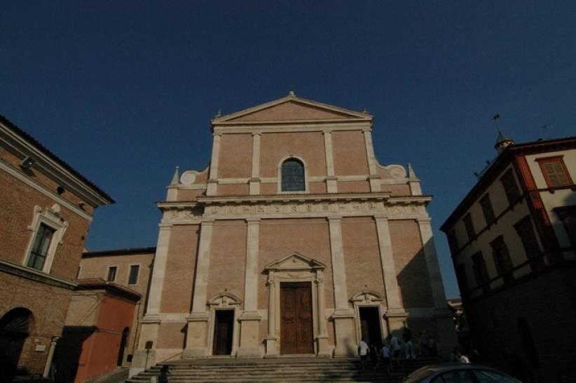 Facciata del Duomo di Fabriano.