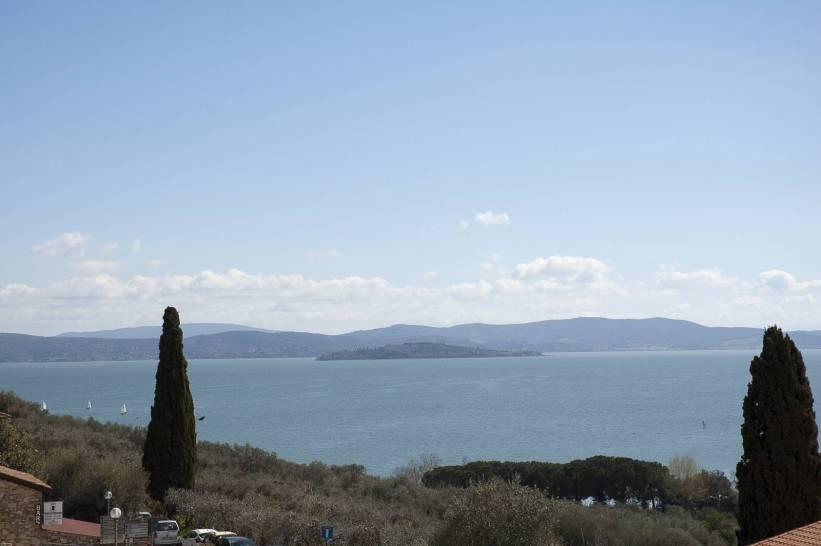 Veduta del Lago trasimeno da Castiglione Del Lago