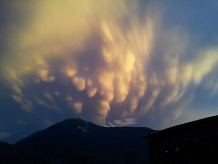 Scontro di venti tra le Alpi