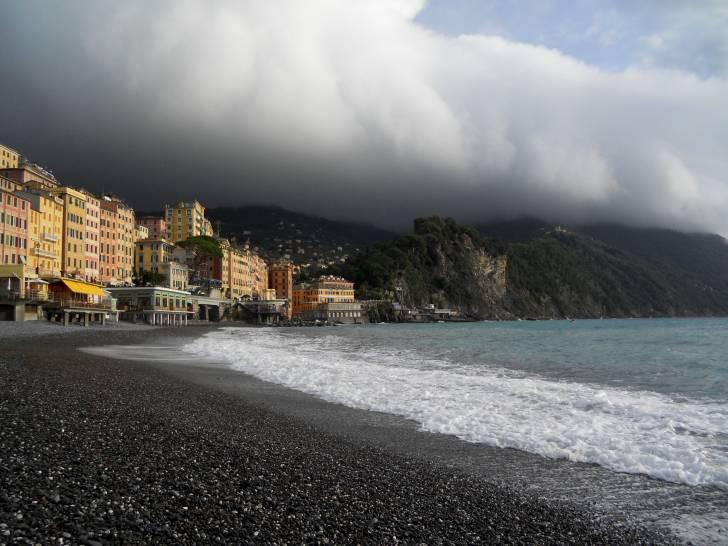 Tempesta inesplosa a Camogli