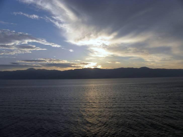 Tramonto sullo Stretto di Messina.