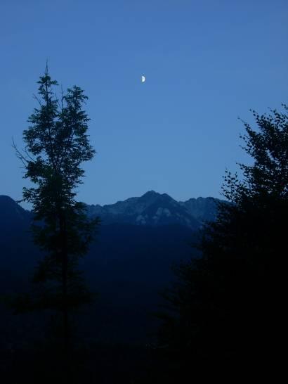 Incontro tra Luna e Val di Resia