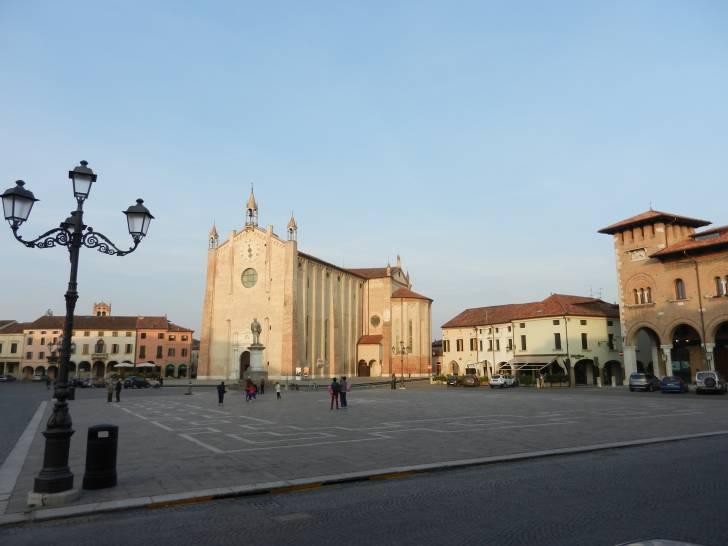 La bellezza del Duomo di Montagnana....senza nebbia