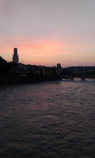 Verona, Ponte Pietra - vanilla sky