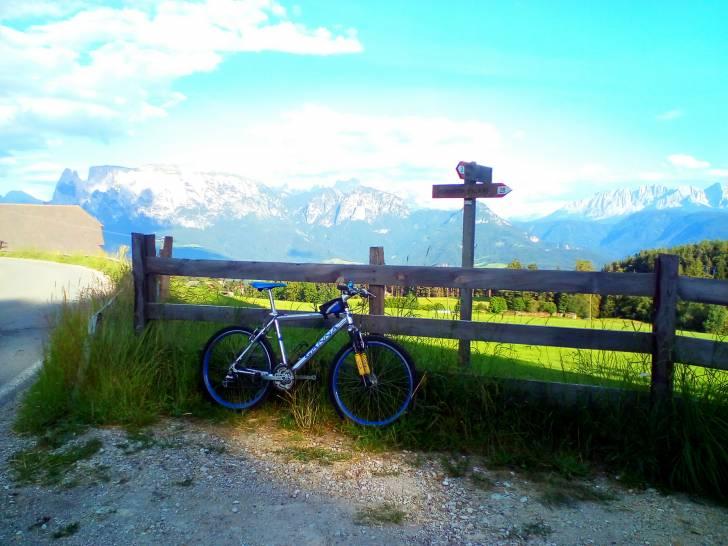 La mountain bike ed il monte Sciliar.