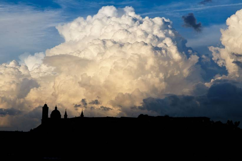 Nuvole su Urbino