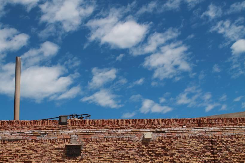 Oltre il muro