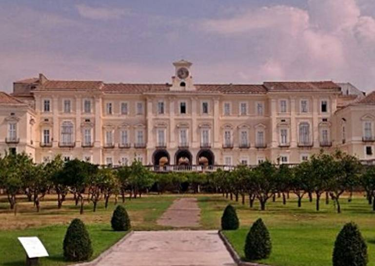 Reggia di portici na herculanense museum eventi arte for Foto di portici in pietra