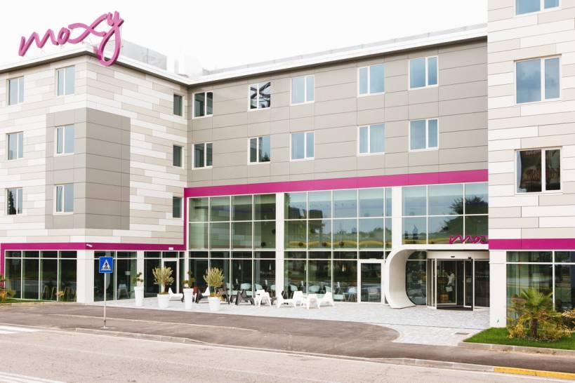 low cost la nuova sfida per gli alberghi