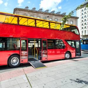 Per visitare le città nasce il superbus elettrico