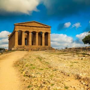 Treni storici in Sicilia per scoprire la valle dei Templi e il barocco della Val di Noto
