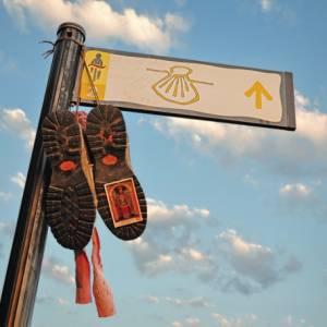 I Cammini di Santiago, un nuovo libro fotografico Touring