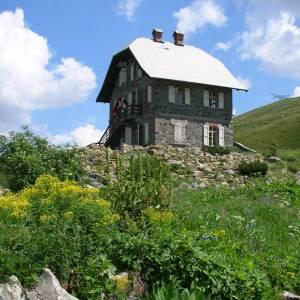 Dieci giardini botanici sulle Alpi