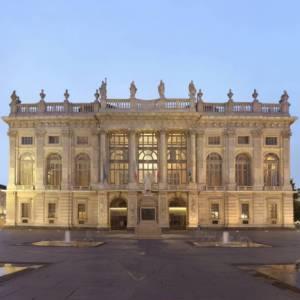 Salotti d'Italia: alla scoperta di piazza Castello, a Torino