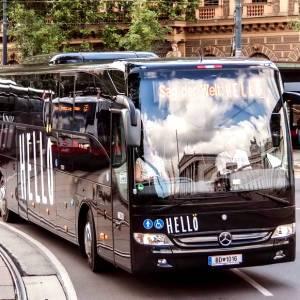 Turismo in bus, la sfida tra le compagnie per viaggi hi-tech e low-cost