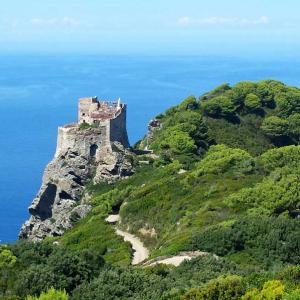 Trekking tra cielo e mare: in Toscana per la Settimana dell'escursionismo
