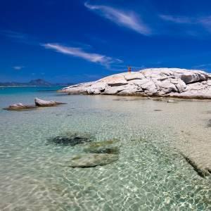 Sardegna, verso le spiagge a numero chiuso?