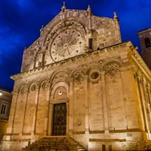 In camper a Troia, uno dei paesi più belli di Puglia