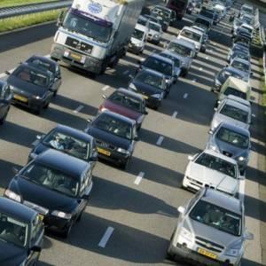 Dall'Olanda una soluzione per gli ingorghi automobilistici: ecco il pedaggio positivo