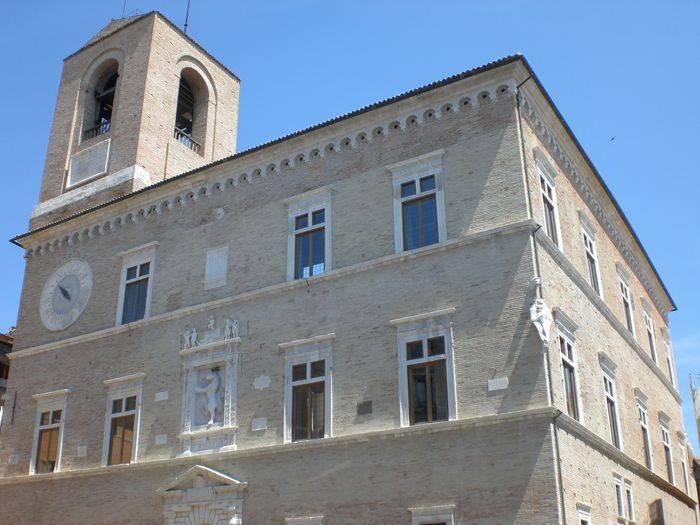 Jesi (An), Palazzo della Signoria