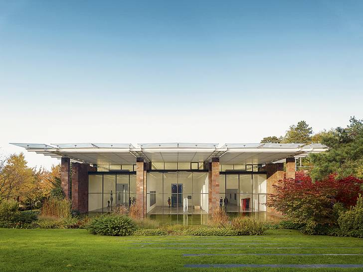 Edificio e parco della Fondazione Beyeler, uno degli Art Museums of Switzerland, a Riehen ©Svizzera Turismo
