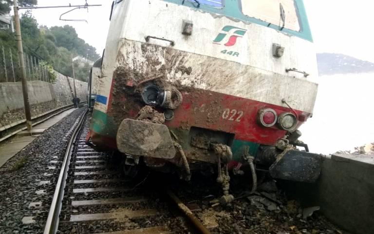 Treno Andora
