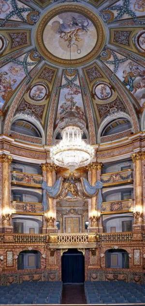 Il Teatro di Corte della Reggia di Caserta apre al pubblico grazie ai Volontari Tci