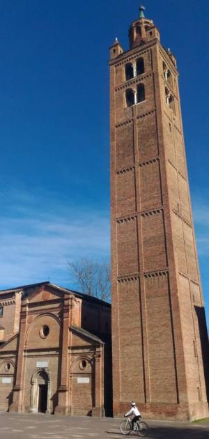 In bicicletta a Modena e dintorni, tra Ferrari e arte, lambrusco e ciliegie