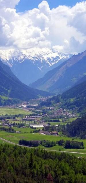 In camper in Valtellina, seguendo l'Adda fino a Bormio