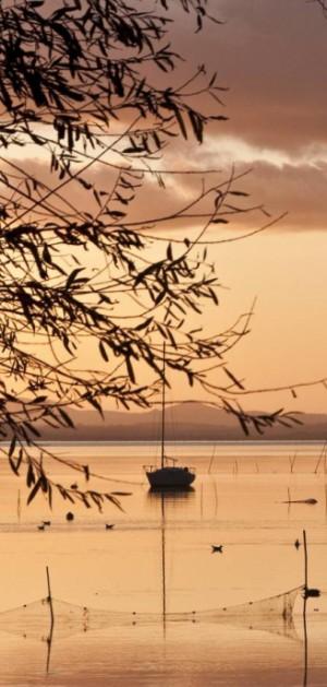 In camper sul Lago Trasimeno, un anello nel verde dell'Umbria