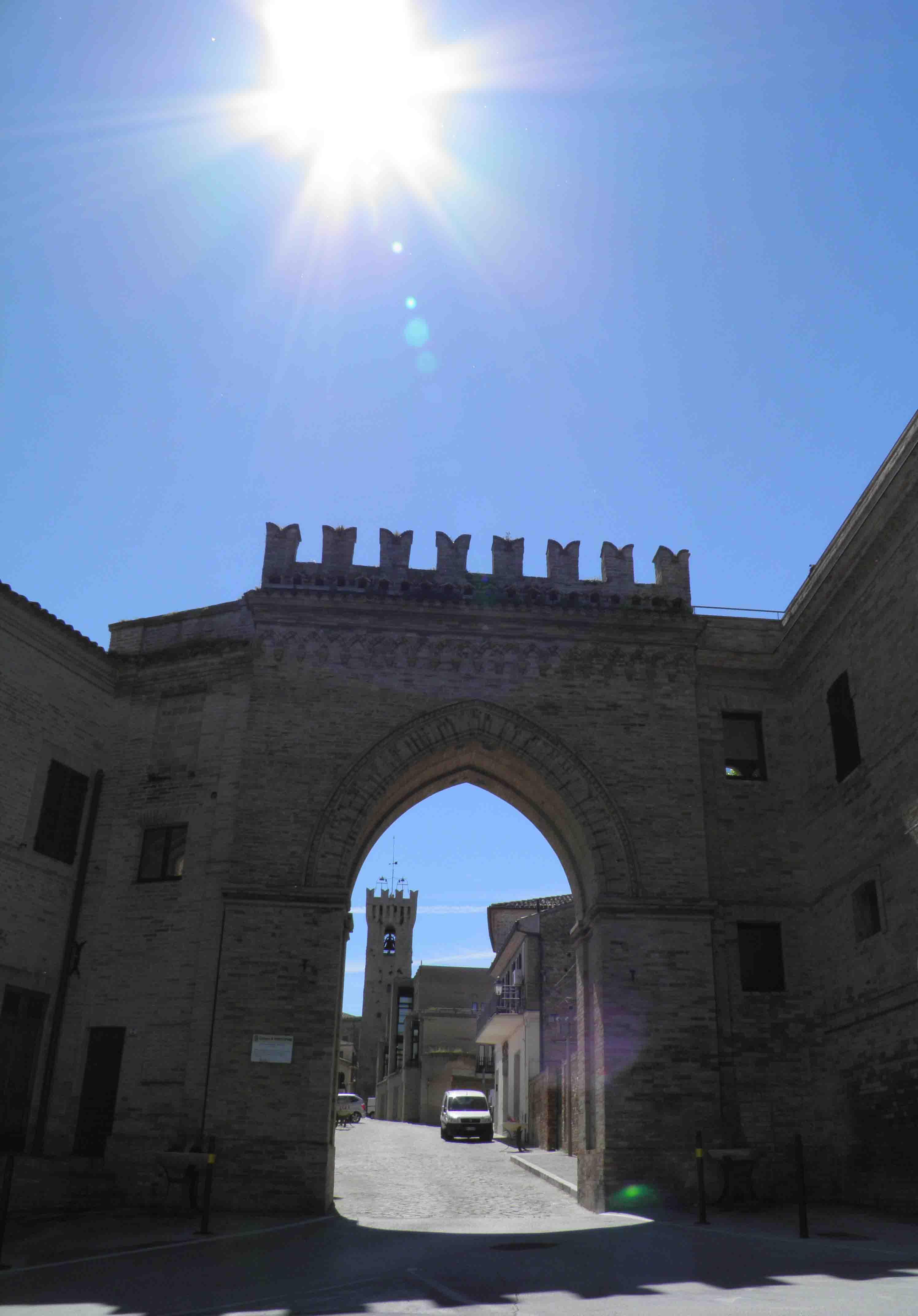 Il sole che illumina uno dei borghi pi belli d 39 italia for Il piu alto dei cieli cruciverba