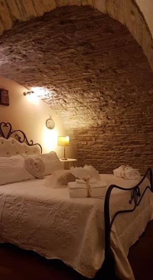 Lieto Soggiorno, Assisi, dormire, Albergo   Touring Club