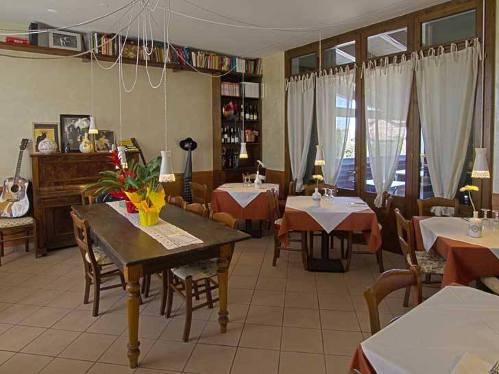 Osteria Gattonero Scandiano Mangiare Ristorante Touring Club