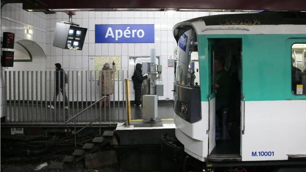 La stazione Opéra rinominata Apéro, aperitivo.