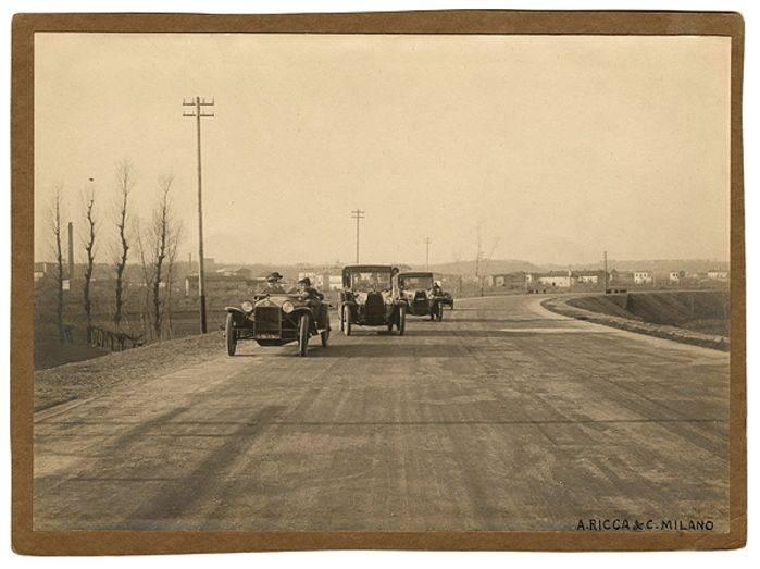 Autostrada Milano-Laghi, Foto Alceo Ricca & C. Milano, 1923 ca