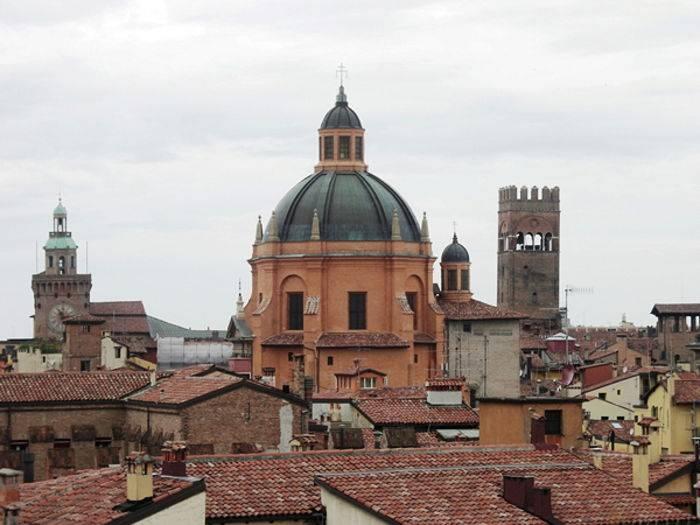Bologna, S. Maria della Vita.