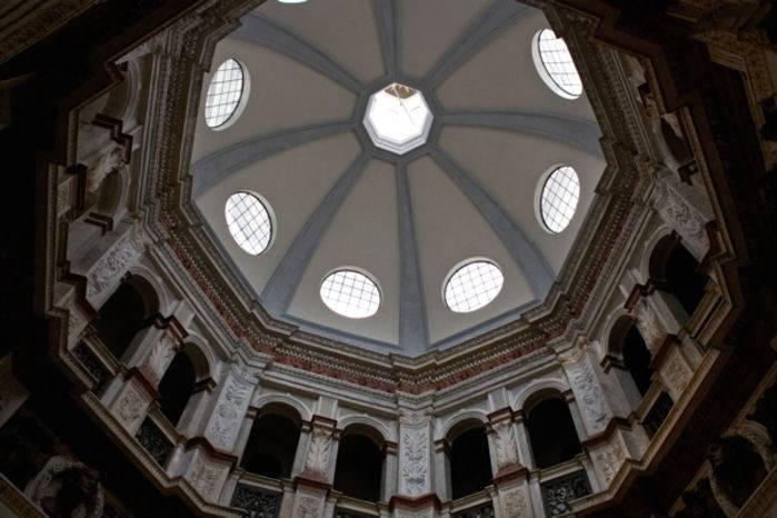 La copertura della sagrestia di S. Maria presso S. Satiro, a Milano.