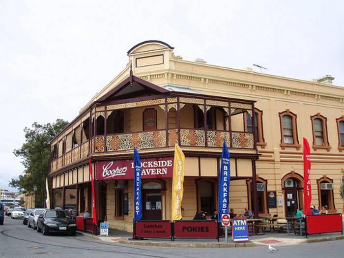 A Walking Tour of Historic Port Adelaide. SA