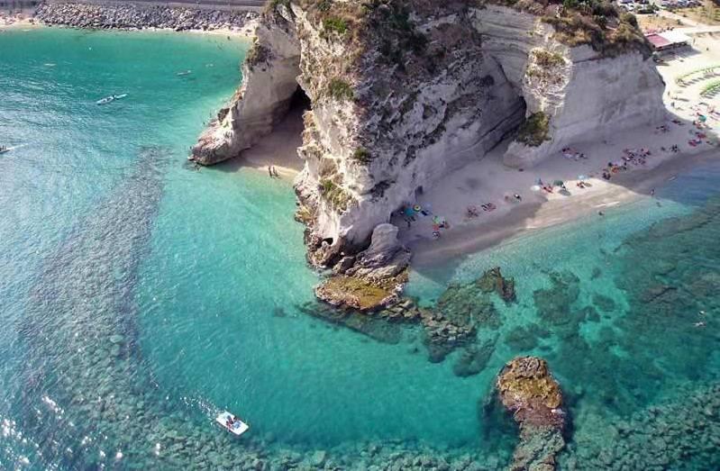 Calabria Costa Tirrenica Cartina.Le Spiagge Piu Belle Della Calabria La Costa Tirrenica Da Tropea A Reggio Calabria