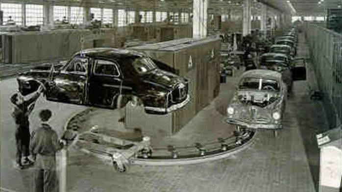 Lo storico stabilimento Alfa Romeo del Portello, a Milano.