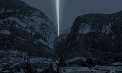 La luce oltre la diga