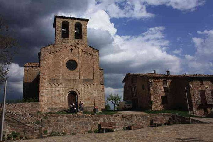La chiesetta rurale di Sant Jaume de Frontanyá