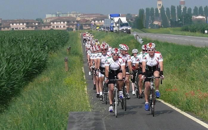 La Carovana in transito tra Milano e Lodi.
